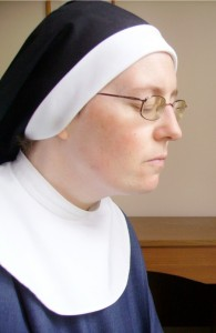 Sr Elizabeth Pio at prayer